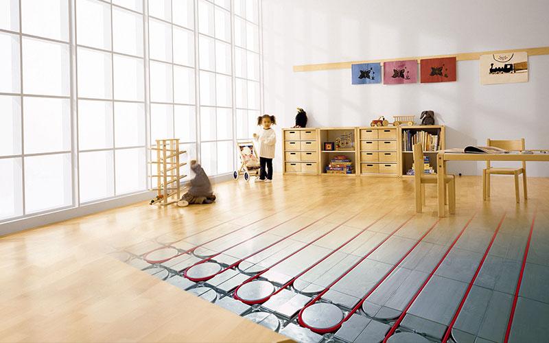 Mit der Fußbodenheizung von JOCO schaffen wir ein gemütliches Raumklima und sparen gleichzeitig sogar Energie.