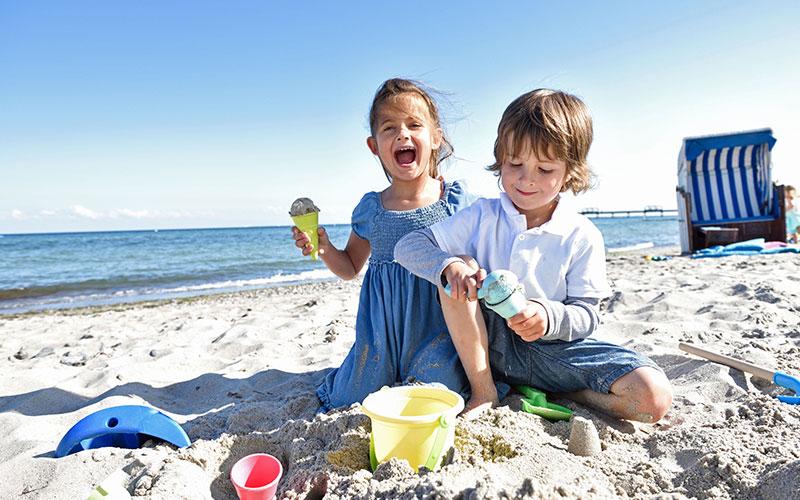 Die Ostseeküste Schleswig-Holsteins ist nicht nur landschaftlich reizvoll. Hier finden gerade Familien alles, was einen gelungenen Sommerurlaub ausmacht.